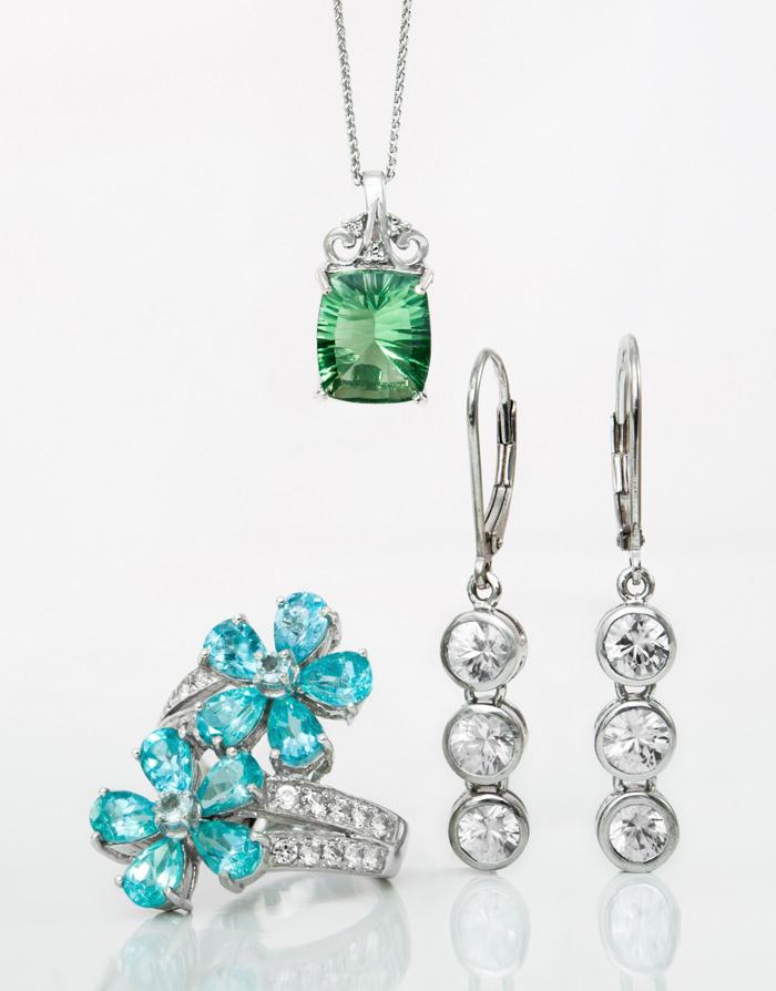 Rhodinierter Silberschmuck mit Edelsteinen