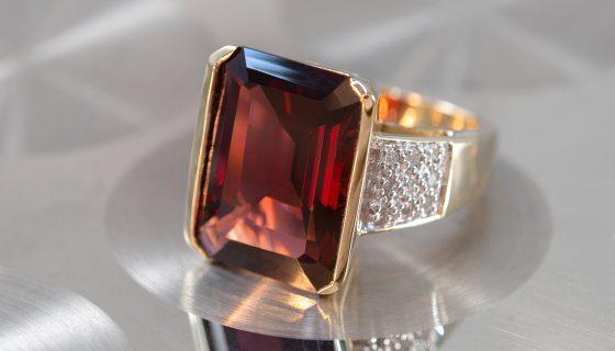 Hessonit-Granat-Goldring