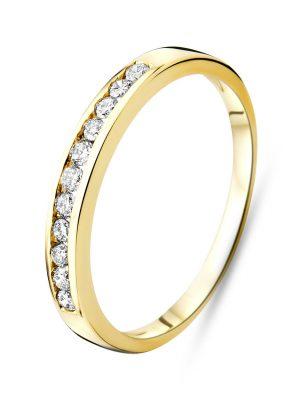 Ring aus 375 Gold mit 0.20 Karat Diamanten-58