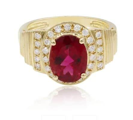 Ring aus Gold mit Rubellit